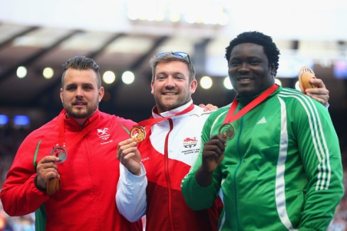 Silver: Aled Davies (Wales), GOLD; Dan Greaves (England), Bronze: Richard Okigbazi (Nigeria) (Photo Credit: Julian Finney/Getty)