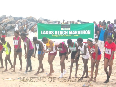 The female athletes about to kick off their race at the 2014 Lagos International Beach Marathon