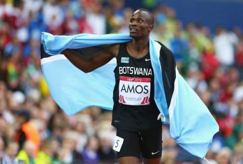 Nijel Amos celebrates winning the Commonwealth Games gold in the Men's 800m. (Photo Credit: Cameron Spencer/Getty Images Europe)